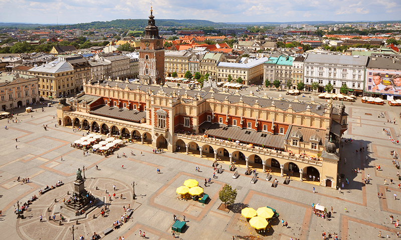 Piata-Centrala-din-Cracovia.jpg